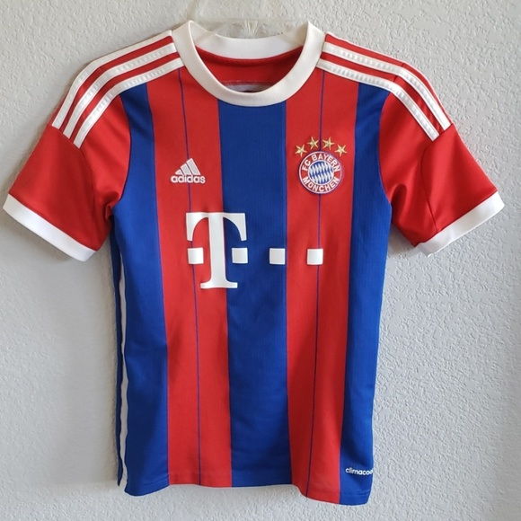 finest selection d2dff fc0e4 FC Bayern Munich Jersey Soccer Shirt